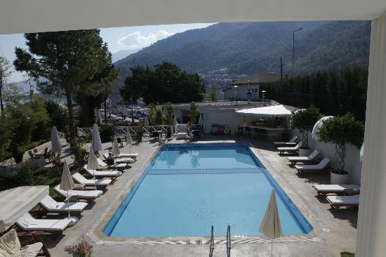 Majesty Marina Vista Fethiye: havuz bası