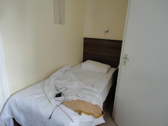 Elysee Hotel: il comodo letto