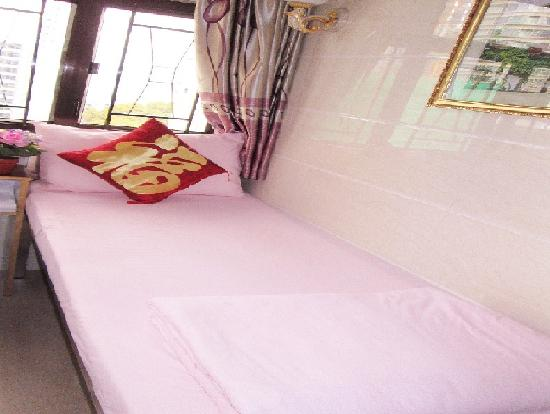 Marco Polo Hostel : Single Bed Room