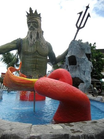 Caribbean Waterpark and Resotel : themed pool