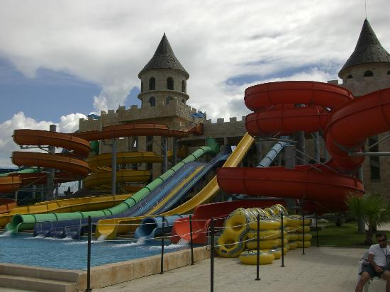 Nessebar, Bułgaria: Main slide area - great slides for all the family