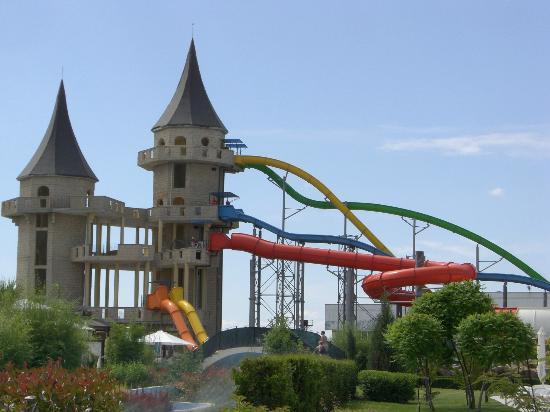 Nessebar, บัลแกเรีย: Extreme slides....