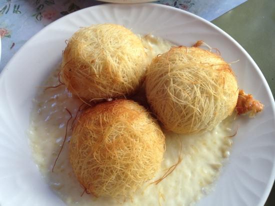 Oineas: Kadaifi Cheese