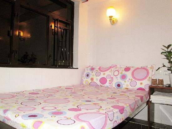 Photo of New Chung King Mansion Hostel Hong Kong