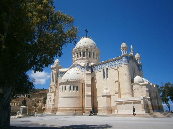 Cezayir: Notre-Dame d'Afrique