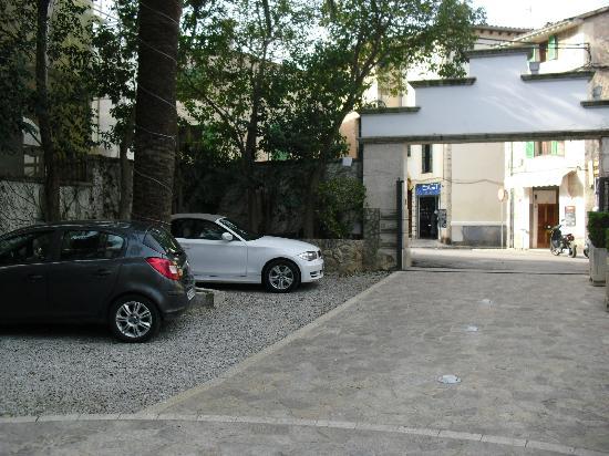 Gran Hotel Sóller: Parking del Hotel