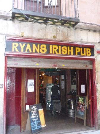 ‪Ryan's Irish Pub‬