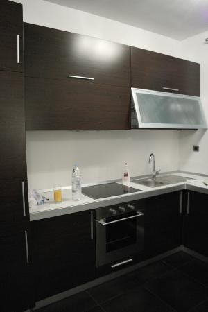 Pervanovo Apartments: Oven, microwave, kettle, dish washer, refregirator, dishes, forks and knifes