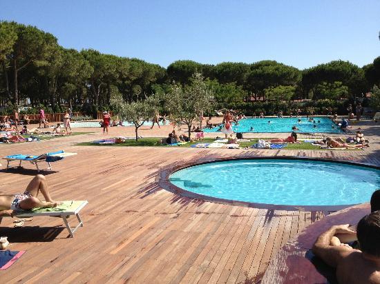 Orbetello, Ιταλία: vista parziale della piscina