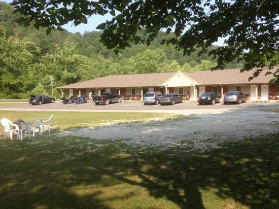 Li'l Abner Motel: suites