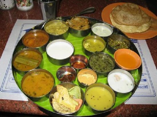 Saravana Bhavan: south indian thali!!