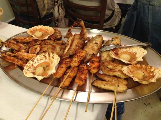 Bellaria-Igea Marina, Italie : La grigliata più buona, fresca e ben cucinata che abbia mai mangiato!
