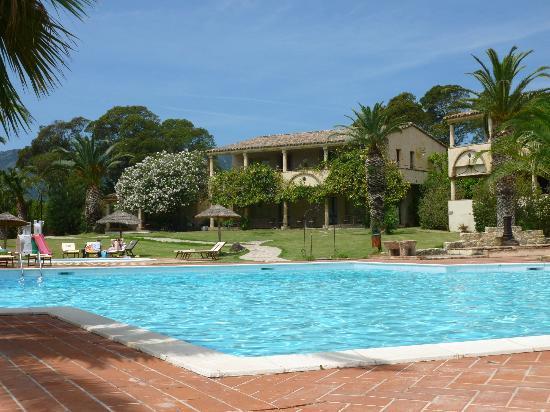 Hotel Costa dei Fiori: Swimming Pool