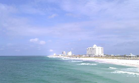 Pensacola Beach Gulf Pier: Another view of gulf from pier