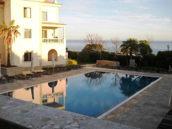 Grande Real Villa Italia Hotel & Spa: La piscina d'infilata dalla terrazza