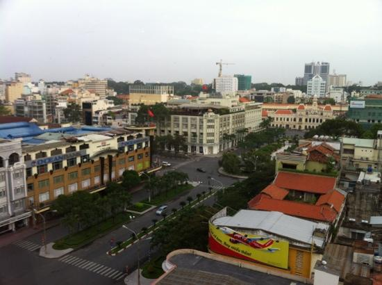 Oscar Saigon Hotel: view from hotel restaurant