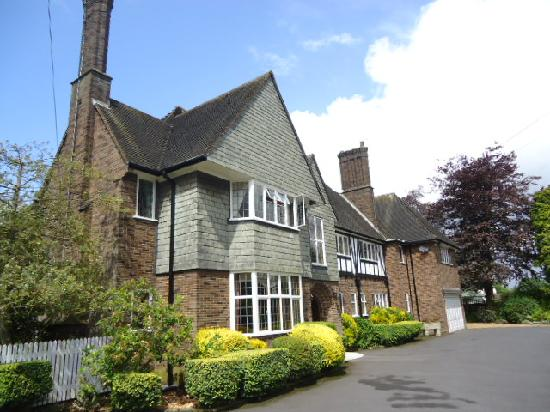 Widney Court Bed and Breakfast
