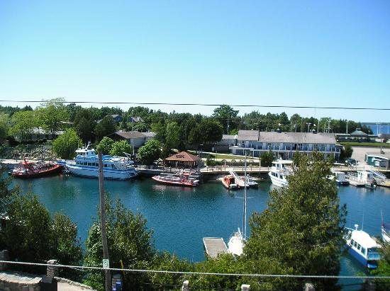 Tobermory Princess Hotel: View from balcony
