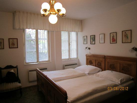 House at the Big Boot: Lovely twin bedded room