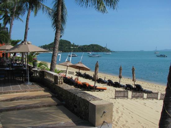 Bo Phut Resort & Spa: Blick vom Pool zum Strand