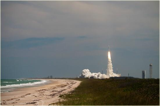 Budget Motel Titusville : Rocket Launch at Playalinda Beach, 12 miles from Budget Motel