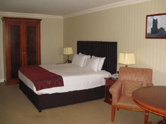 Breakfast picture of knightsbrook hotel golf resort Knightsbrook hotel trim swimming pool