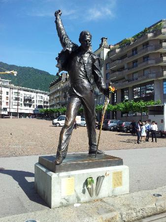 Estatua Freddie Mercury Picture Of Freddie Mercury