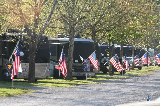 River Plantation RV Resort: RV'rs feel at home