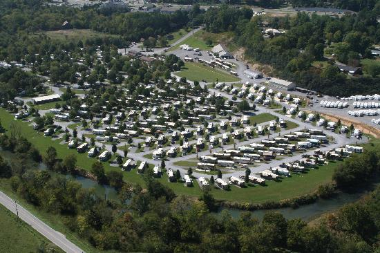 River Plantation RV Resort: Aerial of the Park