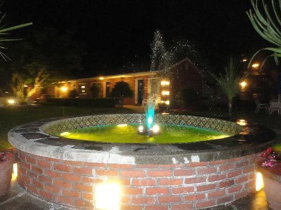 Breezeway Resort: Fountain