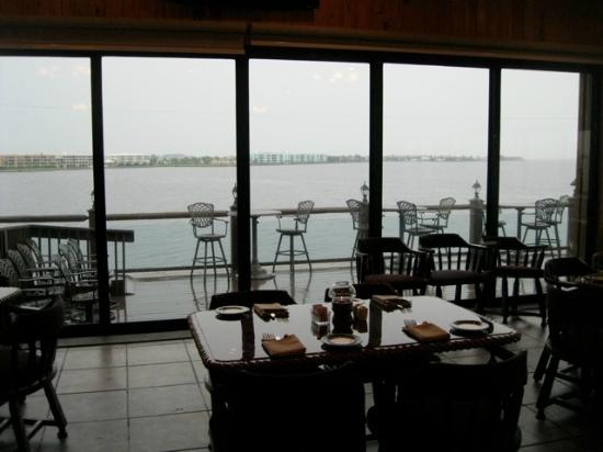 Fishermen's Village : A range of dining options offers good food, range of pricing and great views.