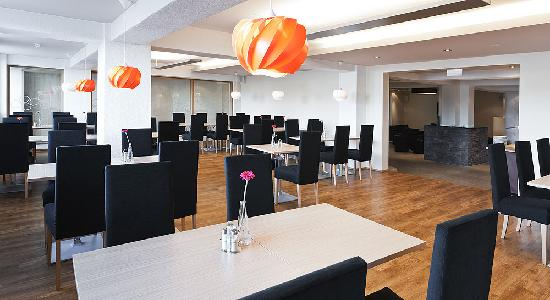 Hotel Klettur: The breakfast hall