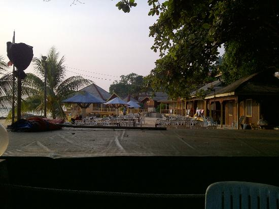 Damai Resort Tioman: Beach Area