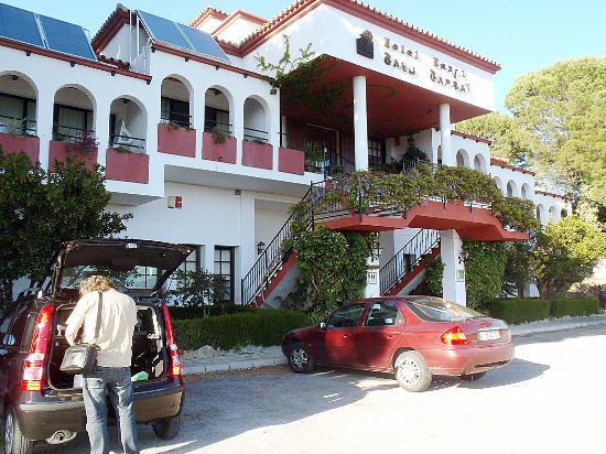Banu Rabbah: Das Hotel