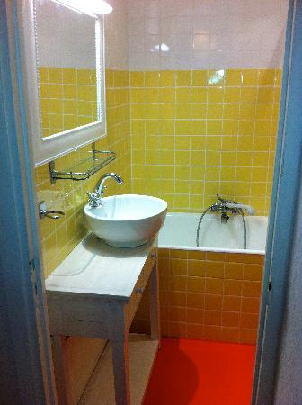 Azurene Royal Hotel: Bains ch 3 - Hotel Azurene Cannes