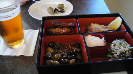 Vineyards Inn: Tapas Bento Box