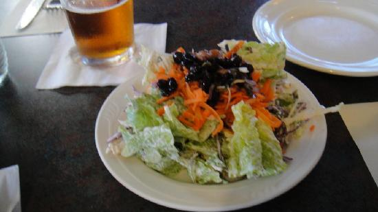 Vineyards Inn: House Salad