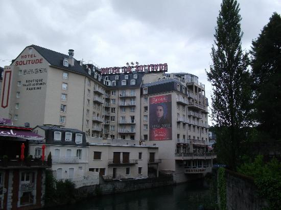 Hotel La Solitude: side view of the hotel