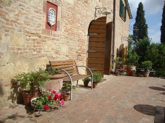 Al Giardino degli Etruschi: patio