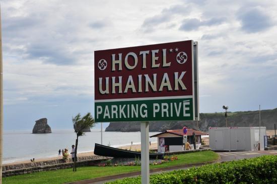 Hotel Uhainak: bord van het hotel