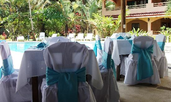 Hotel Playa Westfalia: Weeding
