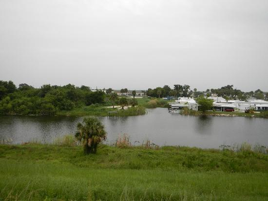 Travelodge Suites Lake Okeechobee : Picture from Rim Canal Levee