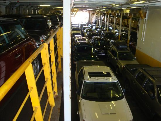 Cross Sound Ferry: Packed to the Gills