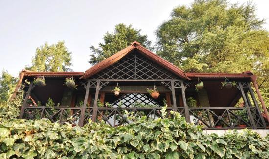Seasons Silent Trail: Top floor