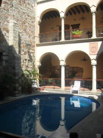 Hotel CasAntica: Alberca