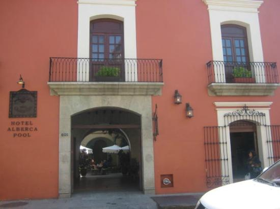 Hotel CasAntica: Entrada al hotel