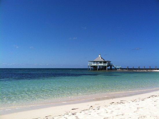 Spanish Cay Private Island Resort: Tiki Bar