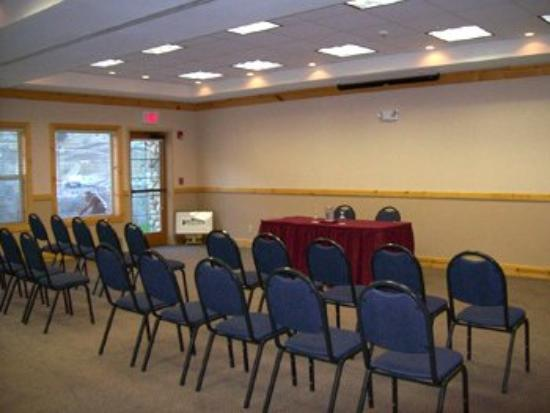 Salmon Rapids Lodge: Little Salmon River Room