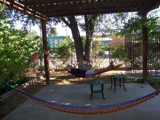 Cinnamon Morning Bed And Breakfast: relax in a hammock