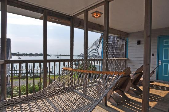 The Silver Lake Motel & Inn: Private Porch with Hammock